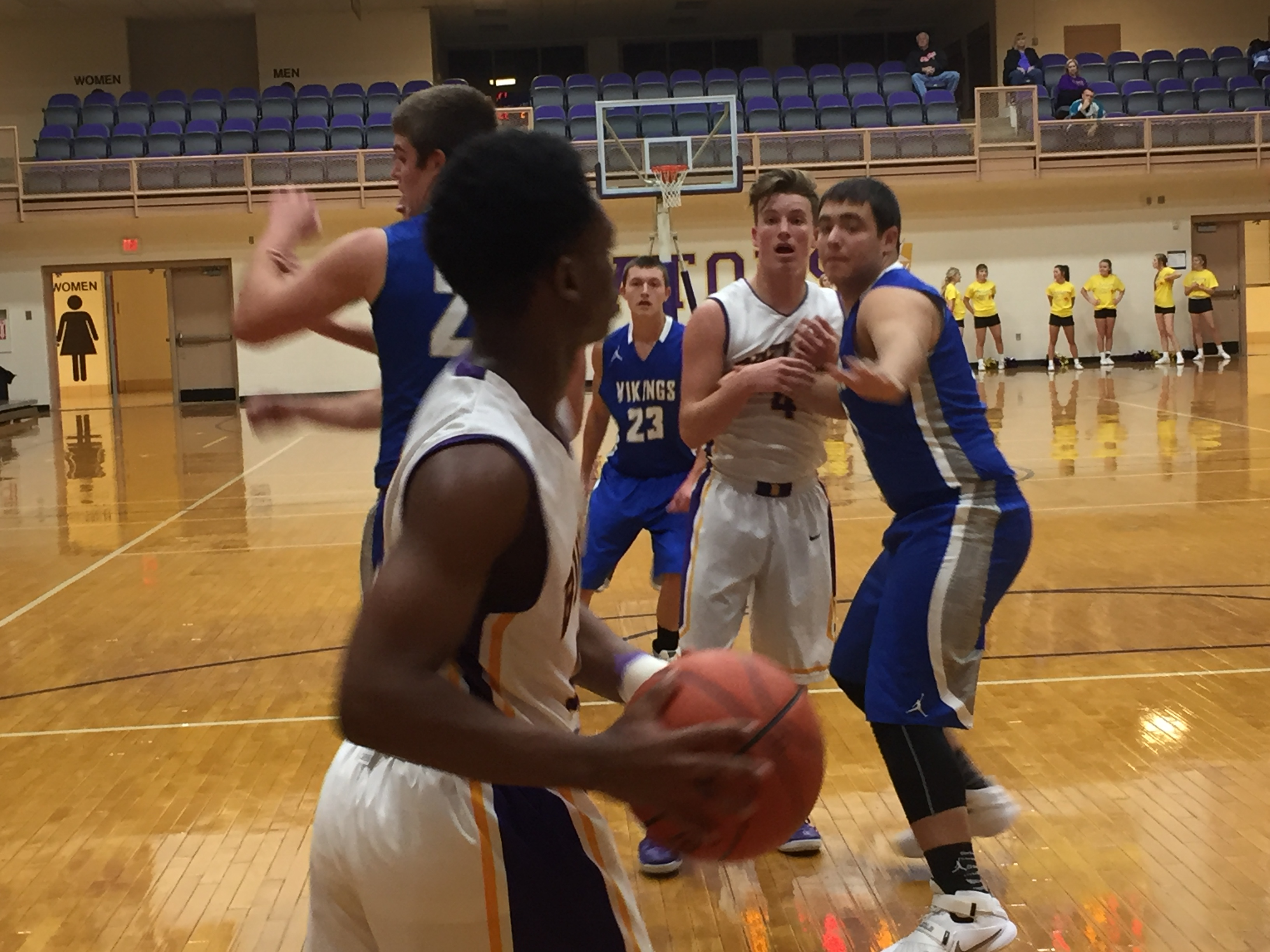 Hoop it Up at Boys' Basketball Camp