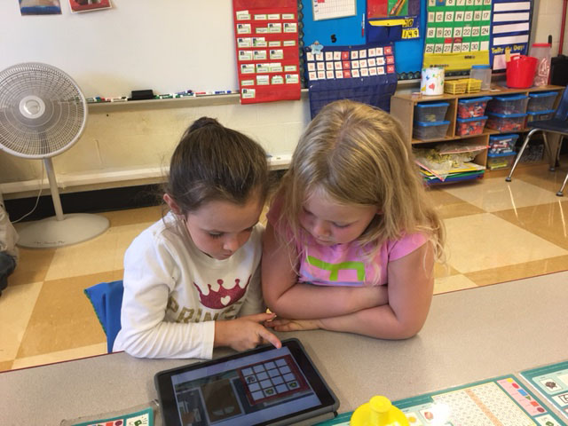 Technology 'Sparks' Interest for 1st Graders