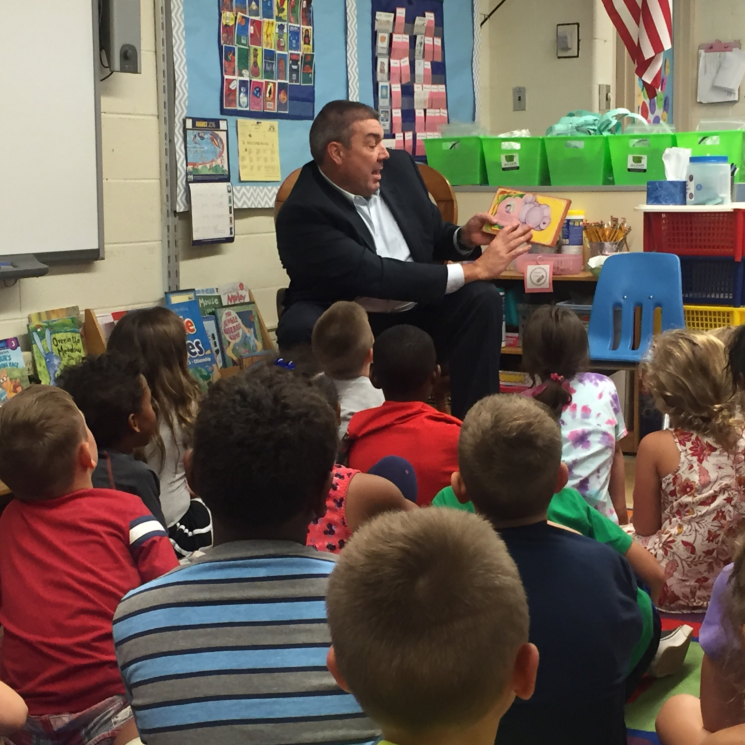 Supt. Neavin Visits Demmitt as Mystery Reader