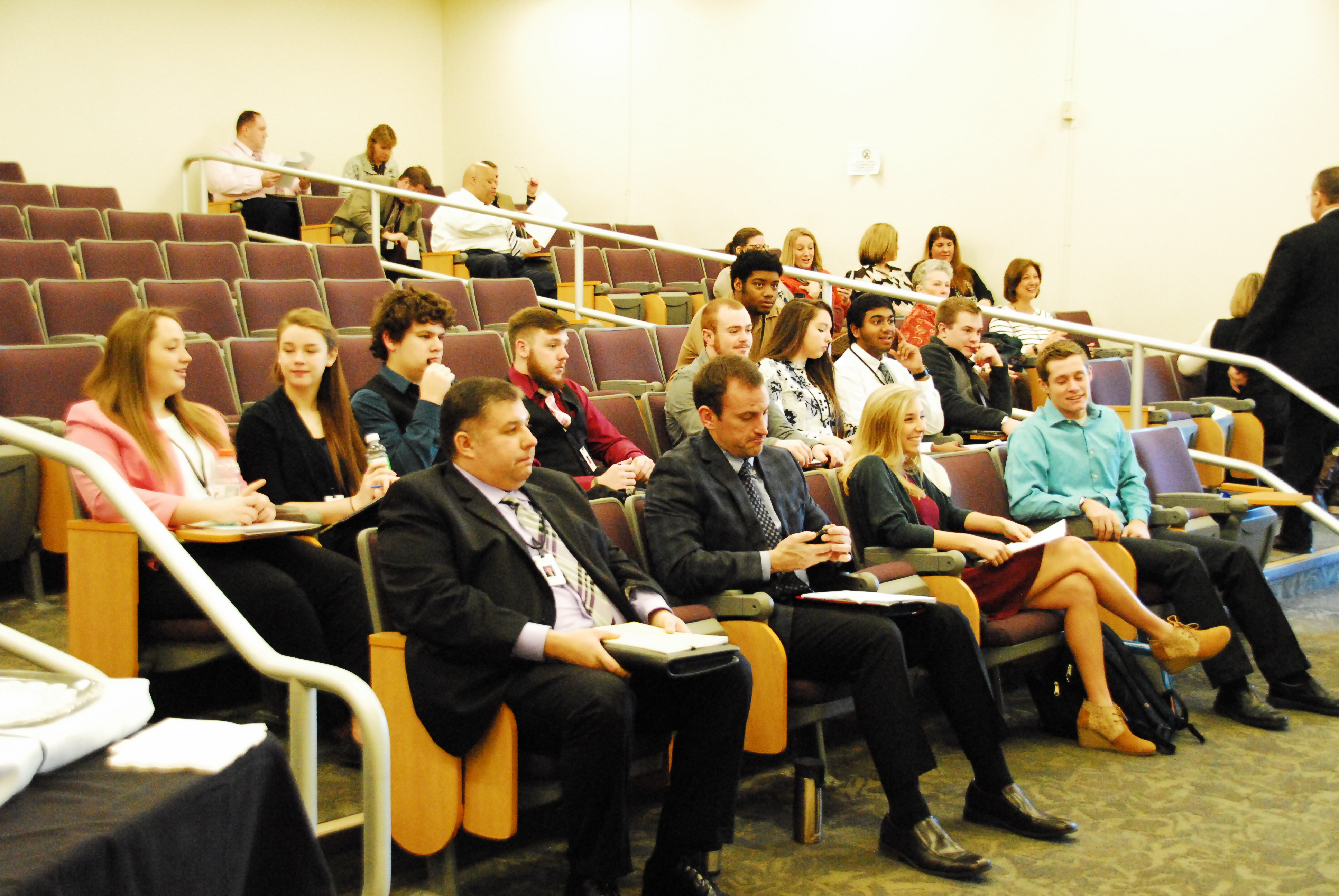 40 Students Participate in Youth in Government Day